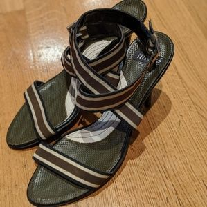 Shoes - Fashionable sandals military green
